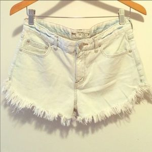 Free People dolphin hem cutoff denim shorts 27